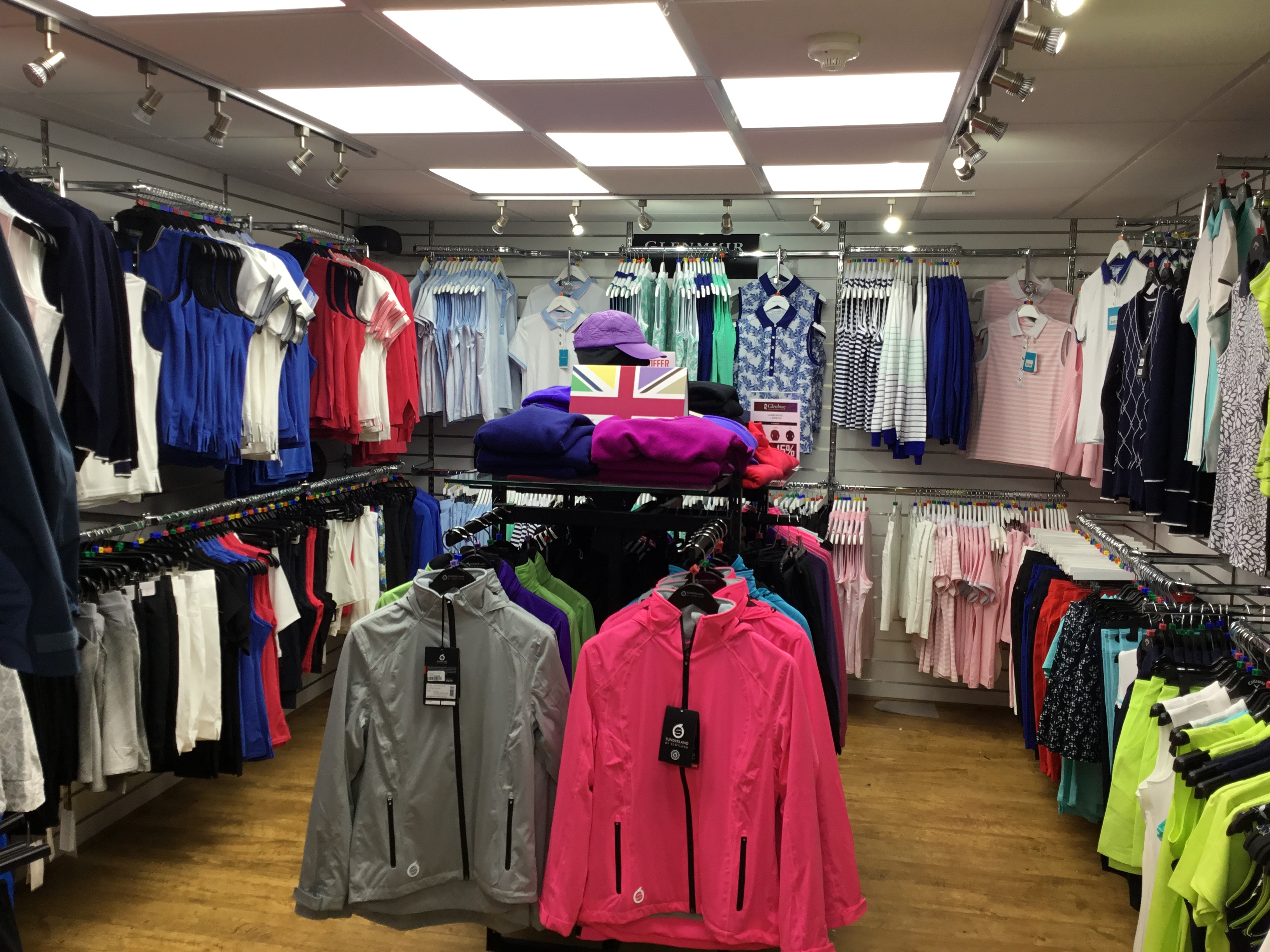 072b25f2393 There are now two great ways to shop at lady golf